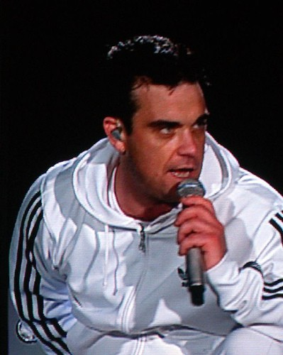 Living in LA Has Helped Robbie Williams Overcome Addiction