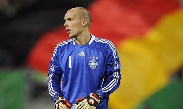 German National Team Goalkeeper Robert Enke Commits Suicide at 32