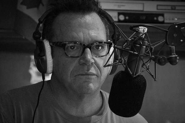 Tom Arnold Heads to Rehab