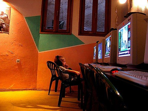 South Korea to Pull Plug on Internet Gaming at Midnight for Teens